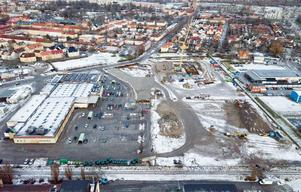 Det nya området Österplan har behövt saneras från föroreningar, vilket kostat mer än beräknat för byggbolagen. Nu stämmer fastighetsbolaget Österplan Örebro kommun på 15,4 respektive 5,8 miljoner kronor i två olika ärenden.  /Arkivfoto