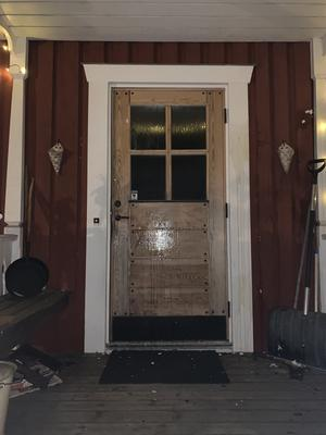 Dörren var täckt av ägg. Foto: Privat