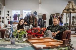 Fanny Wemark och Olof Frejd sitter i det nyöppnade