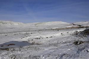 Sol och tidig snö på Nipfjället.