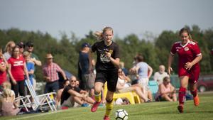 Ella Björgvik, Umedalens IF F13.