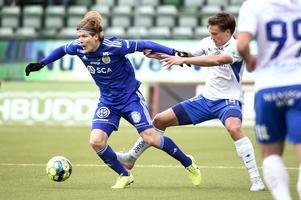 Oliver Berg under en allsvensk match med GIF Sundsvall. Bild: Erik Mårtensson/TT.