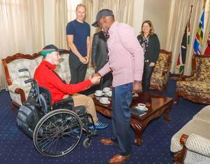 Vicki, Henrik och Alex fick möjlighet att besöka den biträdande presidenten i Kenya, William Samoei Rutto och hans fru Rachel Rutto i deras bostad.