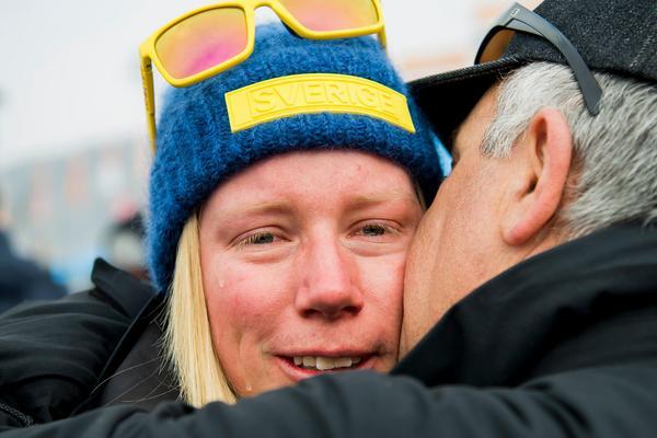 Sandra Näslund var ett av Sveriges största guldhopp inför OS. Det slutade med en fjärdeplats i skicrossfinalen och efteråt var Näslund förkrossad. Bild: Joel Marklund/Bildbyrån