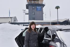 När Lina Westman skulle flyga hem från Arlanda en fredag i höstas, tvingades hon till en tidsödande omväg – via finska Pori.