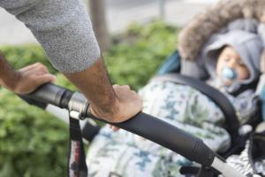 Nu finns det möjlighet för blivande pappor i Hedemora kommun att möta andra som är i samma situation och diskutera viktiga ämnen. Foto: Isabell Höjman / TT