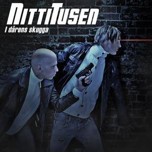 """NittiTusens första singel """"Stormen"""" släpptes i april 2014 och finns med på debut-EP:n """"I dårens skugga"""", som ges ut 16 maj."""