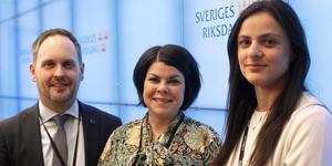 Jörgen Berglund (M), Malin Larsson (S) och Sara Seppälä (SD) är nya i riksdagen från Västernorrland 2018.