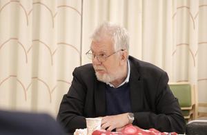 David Stansvik (V) vill att mötena ska vara öppna i fortsättning. Men V, LPO, SD och NP röstades ned av majoritetspartierna.