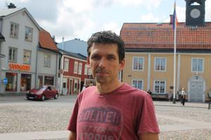 Jörg Hellkvist menar att det är kommunens ansvar att ge invånarna förutsättningarna för att kunna leva klimatsmart.