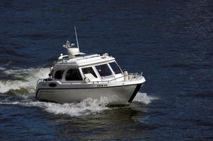 Insändarskribenten tycker att det vore rättvist med skatt på fritidsbåtar.