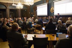 Politikerna i Söderhamns kommunfullmäktige sammanträdde på måndagskvällen i rådhuset.