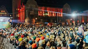 Nä, räkna inte med att 2021 blir som 2019 ... som här då Stora torget var packat av västeråsare i samband med Musikhjälpen.