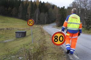 Riksväg 68 är så usel att hastighetsgränsen sänks från 90 km/tim till 80 km/tim. Foto: Johan Ardefors