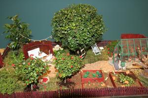 Miniatyrträdgårdar är hett i år, perfekt hobbyprojekt med barnen i sommar.