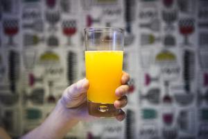 För kallas  juice måste drycken  innehålla 100 procent frukt eller grönsaker. FOTO: NORA LOREK / TT