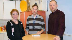 Tanja Svennberg, Mattias Stahre och Kjell Lundmark är lärare som pendlar till Brinellskolan i Fagersta. De har tröttnat på tågstrulet.