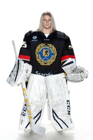 Foto: Lars-Åke Johansson/Södermanlands  Ishockeyförbund.  Louise Hård.
