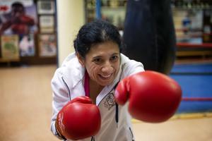 Boxning är bra för Parkinsonpatienter bland annat för att de behöver träna på att sträcka ut armarna.