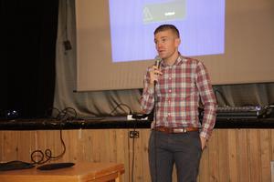 Markus Weinemacher svarade på frågor bland de över 100 åhörarna.