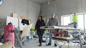 Victoria Nylander och Ulf Vilhelmsson fick göra ett första besök under torsdagen i de lokaler som ska bli deras nya café.