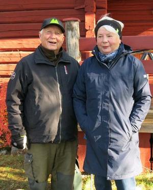 Ingegärd och Ulf Torsell har arrangerat och hållit i vandringarna. Foto: Karin Simes