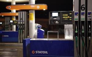 Statoil är ensamma om att sälja diesel som enligt de tre ansvariga myndigheterna ökar antalet förtida dödsfall. Foto: Anette Karlsen / SCANPIX