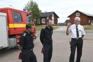 Räddningsledningen med Johan Szymanski, Peter Bäcke och Jan-Olov Olsson.