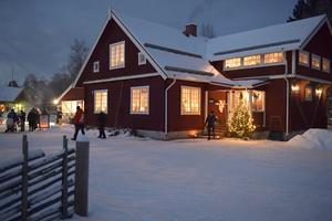 Julen närmar sig och i Idre har Hembygdsgården blivit navet i julskyltningen.