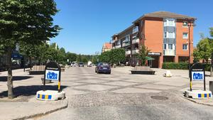 Att stänga Storgatan för biltrafik i Järna centrum har diskuterats i kommundelsnämnden. För att möjliggöra detta vill Moderaterna se en ny viadukt över järnvägen som knyter ihop Kyrkvägen med Snickarvägen.