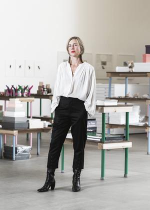Nina Beckmann, vd och konstnärlig chef för Grafikens hus, gläds åt det nya samarbetet med Södertälje.