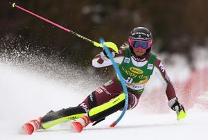 Frida Hansdotter under söndagens slalom i Kranjska Gora. Bild: TT Nyhetsbyrån.