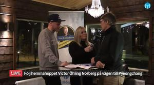 OS-aktuelle Victor Öhling Norberg, Mittmedias reporter Amelia Mauritzon samt VÖN:s ungdomstränare Jens Wilhelmson.