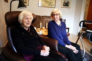 May och Naemi flyttade till Skallberget för tre år. Här har de var sin lägenhet i servicehuset och de trivs.