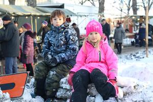 Leo och Mina Fäger-Haraldsson hade åkt hela vägen från Trollhättan för att besöka sin farfar.