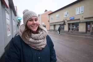 Sofia Dulhac, 25, SFI-lärare, Norberg:– Nej, det vet jag inte. I kommunhuset? Och totalt, tio stycken kanske?