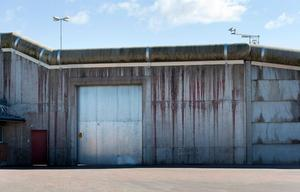 Tidaholmsanstalten är ett av sju fängelser i Sverige med säkerhetsklass 1. Sedan en tid vägrar fångar att delta i sina sysselsättningar.