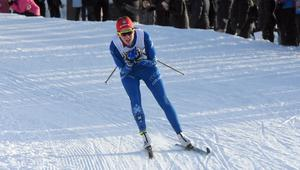 Anna Dyvik på väg ner för hästskon på Lugnet under Kopparskidan i januari i år.