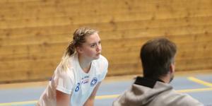 Som äldst i laget får Eriksson ta en del ansvar för att visa vägen för de yngre selarna.