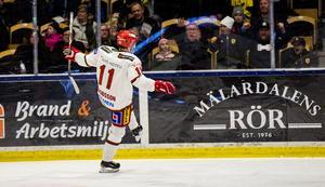 Bloggaren och Expressen-medarbetaren Johan Svensson skriver att Kristian Jakobsson och ytterligare två kontrakterade spelare är väg att lämna Modo. Det är inte förvånande om det skulle bli så, skriver sportens och Hockeypuls krönikör Per Hägglund.