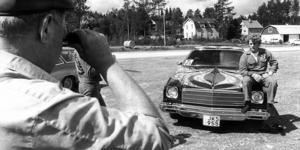 Olle Olssons fint lackade Chevrolet El Camino -75 var en turistattraktion i Åsarna på 70-talet, enligt ett reportage i ÖP. O.E. Granlund från Skövde blev fotad när han fotade mästerverket.