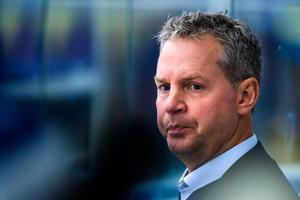 Han har varit assisterande tränare sedan hösten 2017 i Leksands IF. Nu pågår förhandlingar om en fortsättning. Men, Jens Nielsen vet inte vad som händer i nuläget. Foto: Fredrik Karlsson/Bildbyrån.