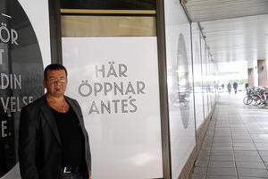 Andreas Özel, ägare av kebabstället Ante's, som senare  bytte namn till Black Rock Grill. Bild: Nora Nergiz Westerbergh