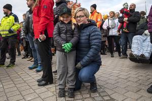 Linda Häreby med dottern Emma. Lindas man jobbar på Östavallsågen.