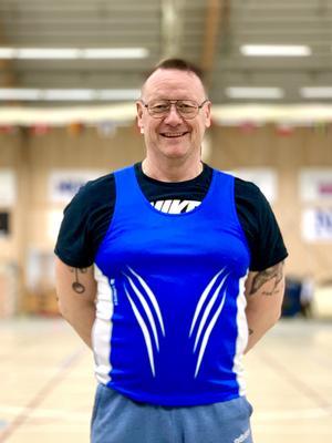 En nöjd Lars Hammargren efter guld och nytt distriktsrekord i vikt M60