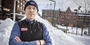 Erik Huss företräder den svenska grenen av POW, Protect Our Winters, en påverkansgrupp för klimatet.