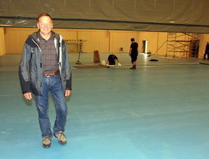 Tage Jonsson har jobbat hårt i 24 år för att Föllinge ska få en allaktivitetshall. Nu har hans dröm blivit verklighet.