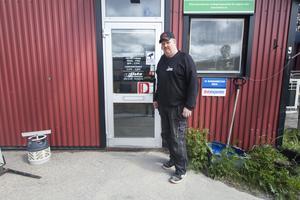 Företaget lokalare är desamma som för 30 år sedan, men har byggts om och ut.