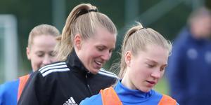 Emilia Törnqvist  (mitten) var tillbaka i RIF under förlustmatchen mot Ljusdal