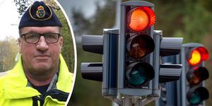 Enligt trafikpolis Claes Lundström sköter sig de flesta trafikanterna i kommunen på det stora hela - men många kör också för fort. Foto: Sara Borg/TT